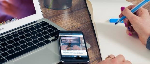planificar-laptop-smartphone-celular-agenda-lista