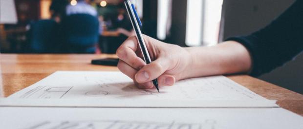 escribir-ideas-dibujar-mujer