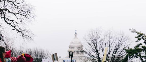 washington-protestas-mujeres-pancartas
