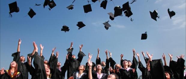 scholarship-becas-international-students